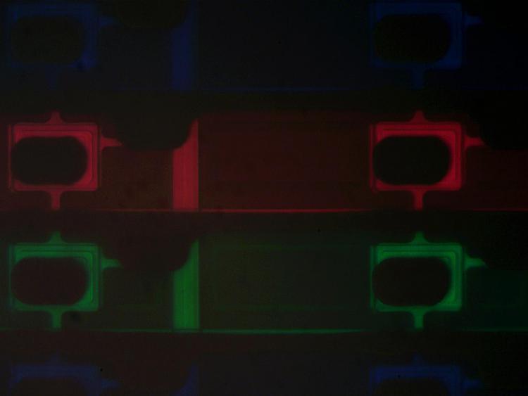 LCD téléphone portable 2 32x.jpg